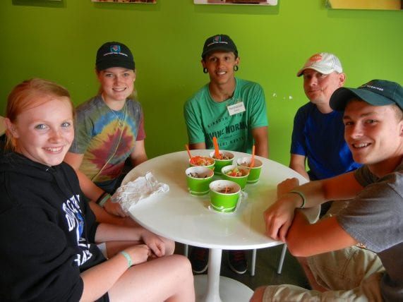 Youth Unlimited summer teen mission trips Ministry