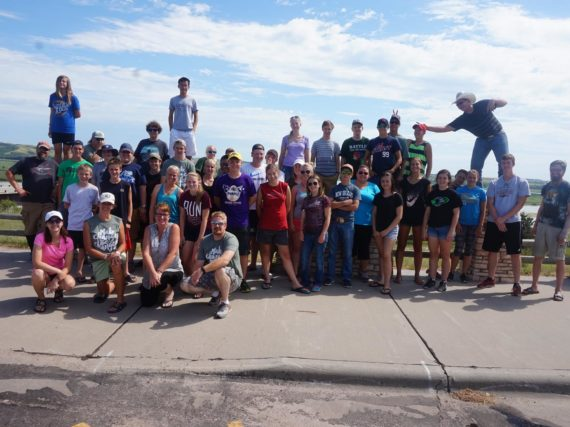 Youth Unlimited Teen Summer Mission Prairie SERVE