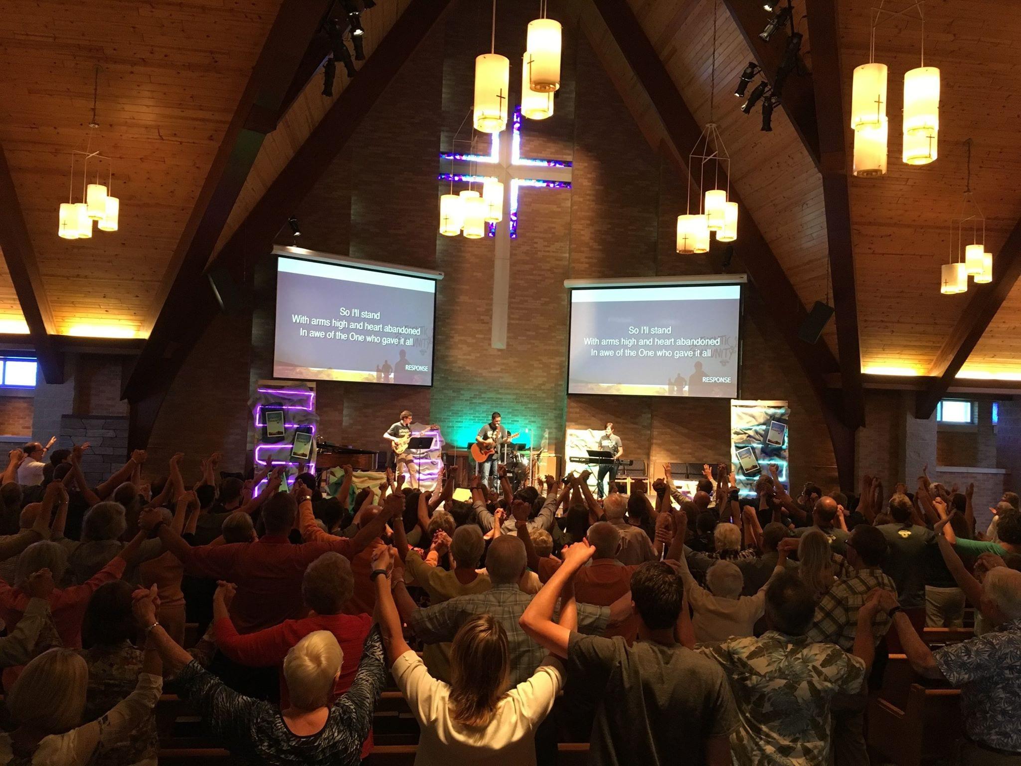 Sunday Morning Worship at Holland SERVE