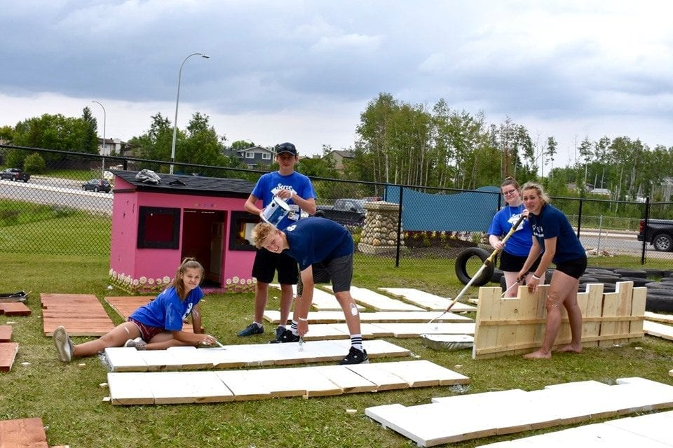 mission-trip-for-teens-in-Fort McMurray-Alberta-Canada-03